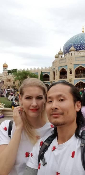 matching outfits at Disneysea